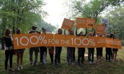 莱昂纳多领衔众星参与游行  呼吁官方重视环保