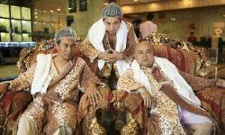 新疆轻喜剧电影《钱在路上跑》:向商业化迈进