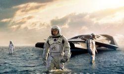 《星际穿越》外媒评介情报:电影口碑具争议  有赞有弹