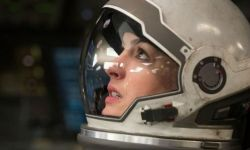 《星际穿越》主演安妮·海瑟薇:角色很美丽 失重表演有诀窍