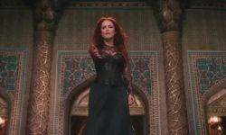 电影《第七子》:朱丽安摩尔变身黑暗女王带领军团作战