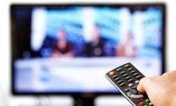 芒果TV向左,CBS向右,台网融合的十字路口该如何选择