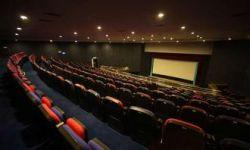 迎合好莱坞不灵了 中国电影业或变成第二个宝莱坞?