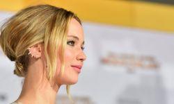 """90后""""大表姐""""詹妮弗·劳伦斯荣登2015年好莱坞收入最高女星"""