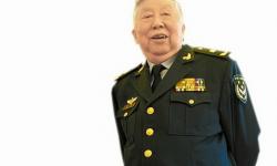 中国著名艺术家阎肃同志因病在北京逝世