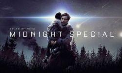 科幻公路片《午夜逃亡》在柏林电影节获大批好评