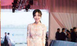 张静初获成龙电影周最佳女演员:希望枪战只在电影中出现