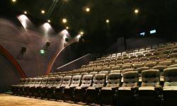 2016年上半年电影票房有望达230亿  国内票房将迈入500亿时代