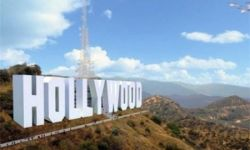 王健林试图劝说好莱坞迁往青岛 美媒忧电影业被夺走
