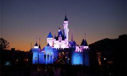 香港迪士尼2016财年净亏1.71亿港元 内地游客下降20%