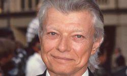 《廊桥遗梦》原著作者罗伯特·詹姆斯·沃勒日离世,享年77岁