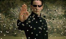 重启的经典R级科幻动作电影《黑客帝国》欲打造黑客宇宙