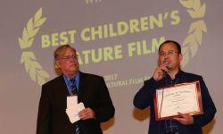 中国电影《大荷花小荷花》获世界民族电影节最佳儿童影片奖