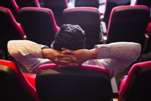 电影票房遇冷95%圈外投资人赔钱