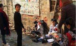 电影《花小楼之捣浆糊》正在深圳热拍