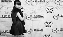 15岁中国姑娘韩丽轩凭电影《小马语者》获国际电影节最佳编剧奖