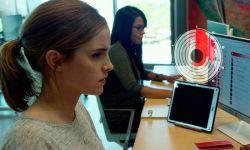 艾玛·沃特森新片《圆圈》:不够深入 不像电影