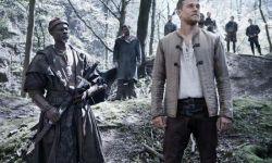 电影《亚瑟王:斗兽争霸》全球票房惨败  将亏损1.5亿美元