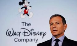 """迪士尼CEO罗伯特·艾格放话""""没有人可以威胁到迪士尼""""底气在哪?"""