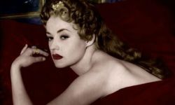 新浪潮演员让娜·莫罗去世 曾获威尼斯终身成就奖