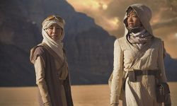 打破白人主角垄断!《星际迷航:发现号》杨紫琼饰演首位亚裔女舰长