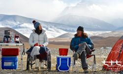 极地探险电影《七十七天》日前发布影片主题曲《扎西德勒》MV