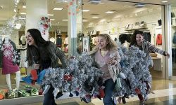 《坏妈妈的圣诞节》米拉·库妮丝、克里斯汀·贝尔、凯瑟琳·哈恩三姐妹回归