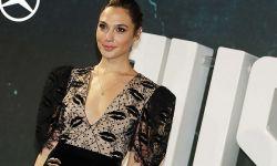 盖尔·加朵获第29届棕榈泉国际电影节明日之星女演员奖