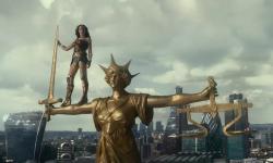 《正义联盟》首周末拿下3亿多,会超过《雷神3》吗?