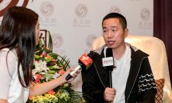 坤宝德传媒集团董事长 制片人杨睿在拍摄现场导演才是灵魂