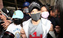 陈乔恩在台北酒驾被拘 向公众道歉