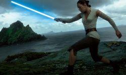 实景特效、银河萌物 必看IMAX版《星战8》的5个理由?