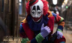 李易峰新片《动物世界》海报首曝角色造型 小丑出镜虚实交错