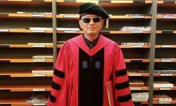 王家卫获哈佛大学文学荣誉博士学位
