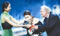 中国电影产业的创新与反思