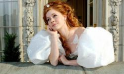 艾米·亚当斯将回归电影《魔法奇缘2》  由亚当·山克曼执导