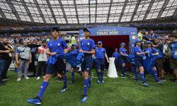 万达电影护旗手之行圆满落幕 中国少年闪耀世界杯决赛舞台