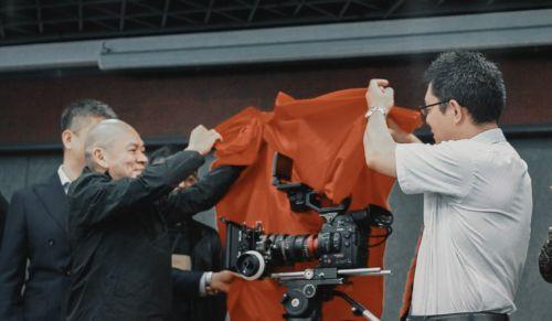 导师蔡明亮与佳能影像信息产品BtoB销售部经理 秋山淳司共同揭幕训练营