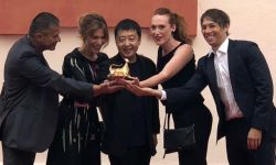 贾樟柯亮相洛迦诺国际电影节开幕式 担任评委会主席