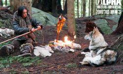 《阿尔法:狼伴归途》曝IMAX制作特辑