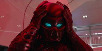 《铁血战士》新预告 宇宙最强猎手入侵地球展开生死战