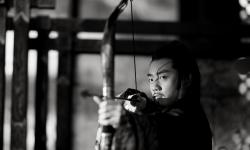 《影》今日上映 郑凯用心演绎前面君王获封最出彩角色