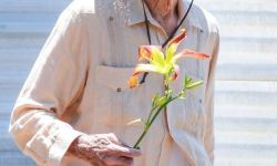 88岁伊斯特伍德自导自演 《骡子》 或为其银幕最后之作