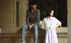 李现&春夏主演《恋曲1980》发剧照 《不成问题》导演新作