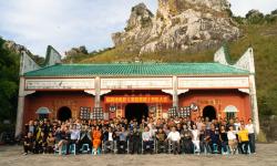 院线电影《奋起直追》在广西举行开机仪式 ——再现中国公路喜剧片传奇
