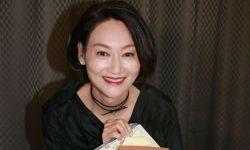 惠英红获颁铜紫荆星章:家人说我为惠家争光了!