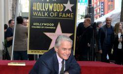 迈克尔道格拉斯好莱坞星光大道留名