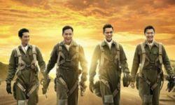 """《大轰炸》:纪实外衣下对""""好莱坞""""镜头的复制粘贴"""
