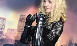 13岁女孩成现实版阿丽塔,卡梅隆为其打造酷炫机械臂