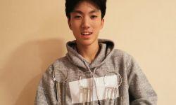 张艺谋17岁儿子电影获奖,感慨自己第一个奖比儿子晚